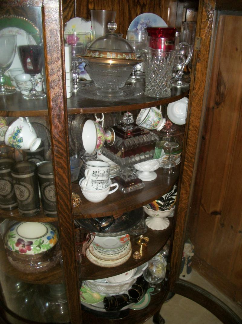 Howard Amp Ruth Kroeger Auction Aintiques Amp Collectibles